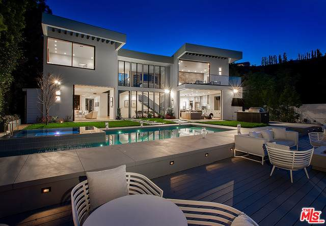 1749 Stone Canyon Rd, Los Angeles, CA 90077 (#20-600294) :: Randy Plaice and Associates