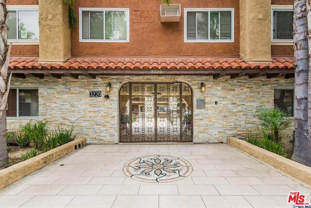 3220 Altura Ave #123, Glendale, CA 91214 (#20-600948) :: Randy Plaice and Associates