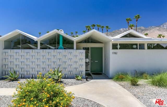 1782 S Araby Dr, Palm Springs, CA 92264 (#20-601044) :: The Pratt Group