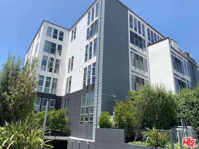 4215 Glencoe Ave #322, Marina Del Rey, CA 90292 (#20-601356) :: Randy Plaice and Associates