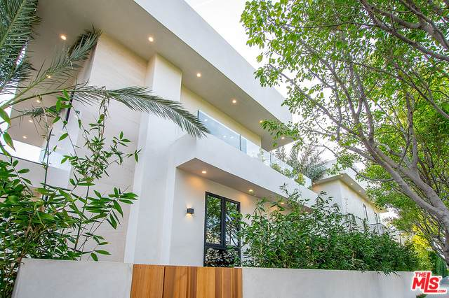 8566 Colgate Ave, Los Angeles, CA 90048 (#20-601382) :: Randy Plaice and Associates