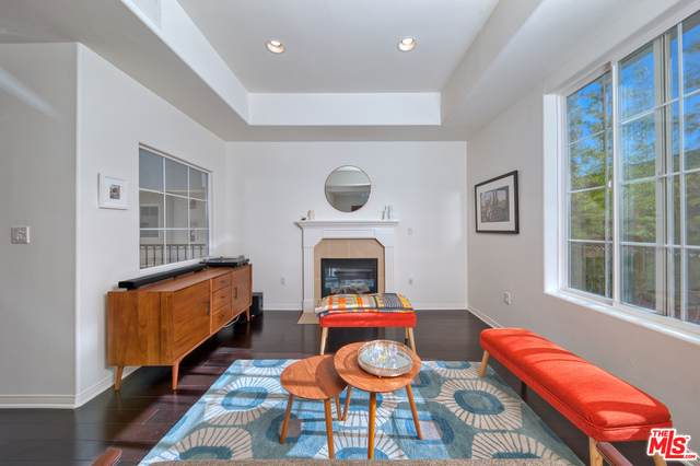 7301 W Manchester Ave #110, Los Angeles, CA 90045 (#20-601424) :: Randy Plaice and Associates