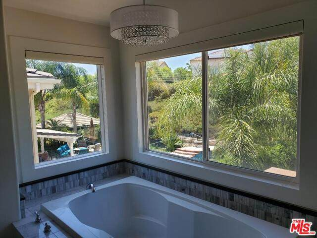 26750 Brooks Cir, Stevenson Ranch, CA 91381 (#20-602800) :: The Pratt Group