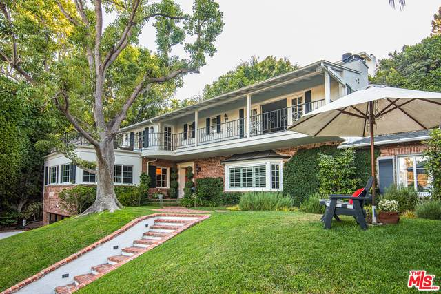 1249 N Wetherly Dr, Los Angeles, CA 90069 (#20-603400) :: Randy Plaice and Associates
