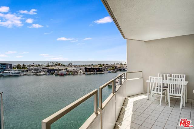3121 W Coast Hwy 5A, Newport Beach, CA 92663 (MLS #20-603822) :: The Sandi Phillips Team