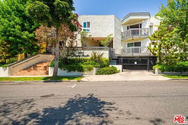 8577 Rugby Dr #102, West Hollywood, CA 90069 (#20-609344) :: TruLine Realty