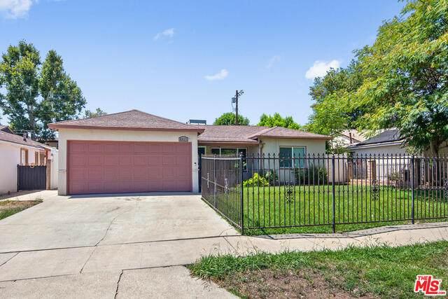 6917 Calvin Ave, Reseda, CA 91335 (#20-609926) :: Randy Plaice and Associates