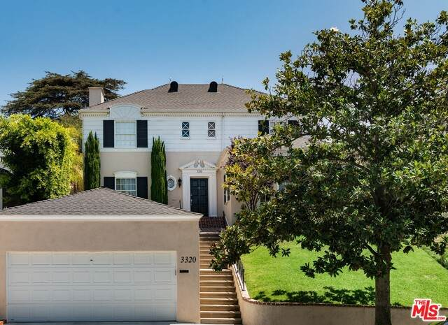3320 Lowry Rd, Los Angeles, CA 90027 (#20-612188) :: Berkshire Hathaway HomeServices California Properties