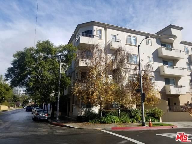 1158 Wellesley Ave - Photo 1