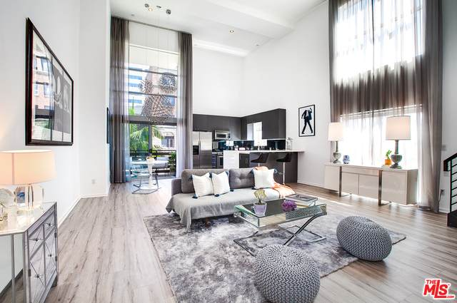 7062 Hawthorn Ave #106, Los Angeles, CA 90028 (#20-612894) :: TruLine Realty