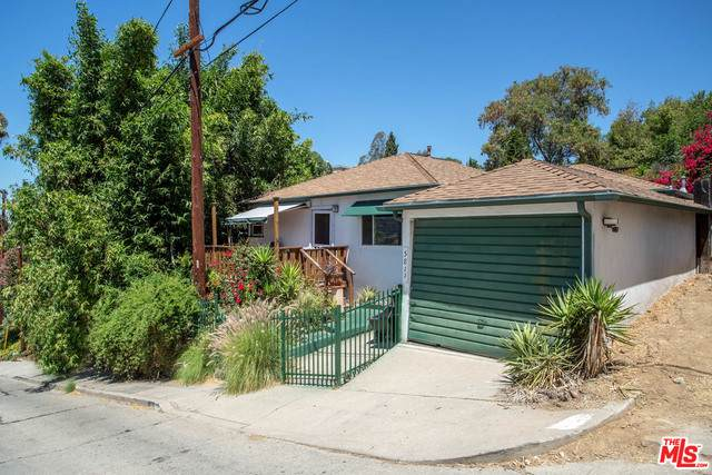 5811 Weaver St, Los Angeles, CA 90042 (#20-612900) :: Randy Plaice and Associates