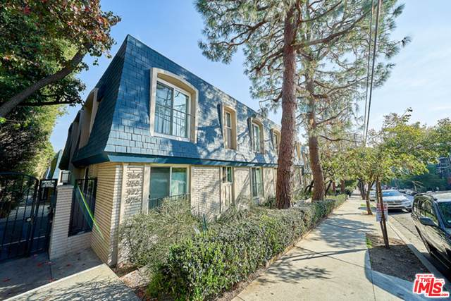 964 Larrabee St #108, West Hollywood, CA 90069 (#20-613356) :: TruLine Realty