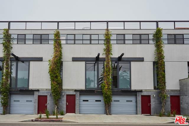 1113 Electric Ave #9, Venice, CA 90291 (#20-614506) :: TruLine Realty