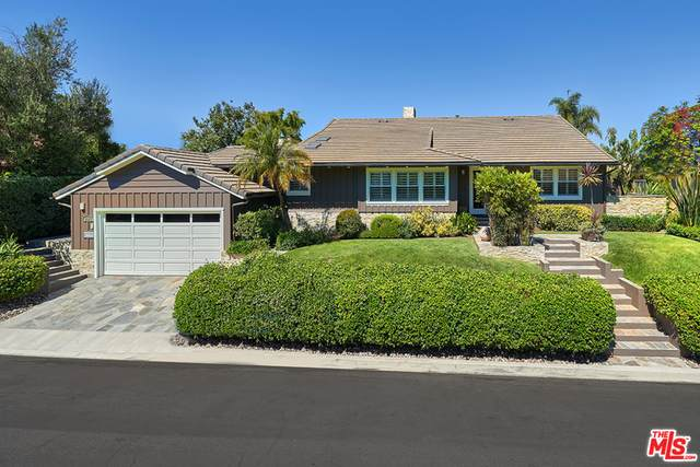 2971 Lakeridge Dr, Los Angeles, CA 90068 (#20-614992) :: Randy Plaice and Associates