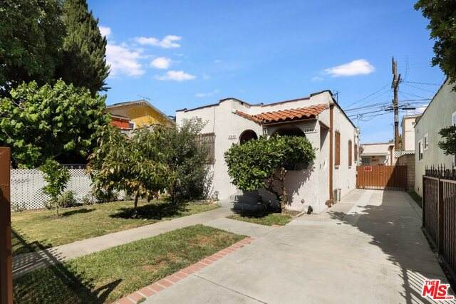 2840 S Mansfield Ave, Los Angeles, CA 90016 (#20-615182) :: Randy Plaice and Associates