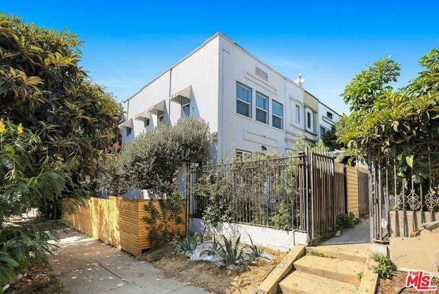 249 Columbia Pl, Los Angeles, CA 90026 (#20-615340) :: Randy Plaice and Associates