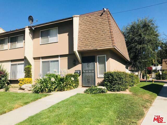 1125 Clark St, Riverside, CA 92501 (#20-615498) :: Arzuman Brothers