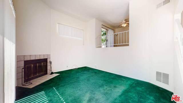 1941 Glenoaks Blvd #186, San Fernando, CA 91340 (#20-615830) :: Randy Plaice and Associates