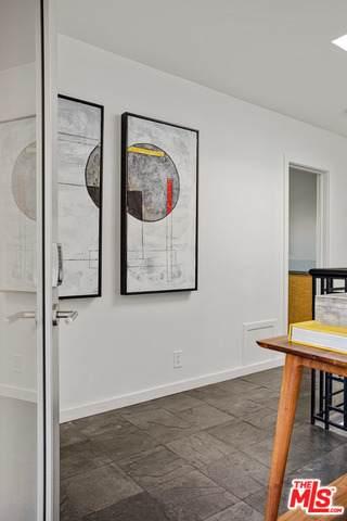6174 Mulholland Hwy, Los Angeles, CA 90068 (#20-615880) :: Randy Plaice and Associates