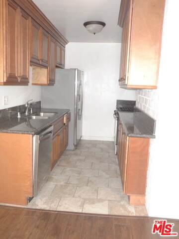 1166 Amherst Ave - Photo 1