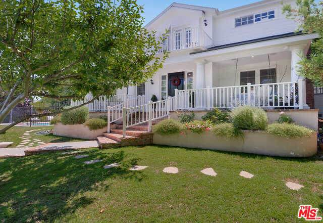 14550 Greenleaf St, Sherman Oaks, CA 91403 (#20-616408) :: Randy Plaice and Associates