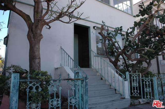 24 Rose Ave - Photo 1