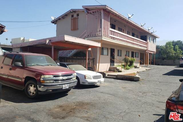 544 Cypress Ave, Pasadena, CA 91103 (#20-619680) :: HomeBased Realty