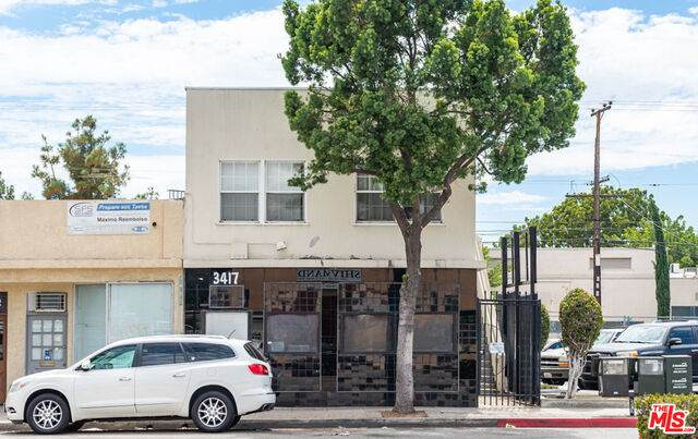 3417 W Beverly Blvd, Montebello, CA 90640 (#20-620768) :: TruLine Realty