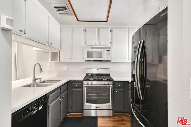 15113 Saticoy St #18, Van Nuys, CA 91405 (#20-621014) :: HomeBased Realty