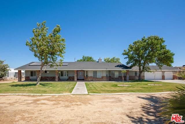 8045 W Avenue D2, Lancaster, CA 93536 (#20-622382) :: HomeBased Realty