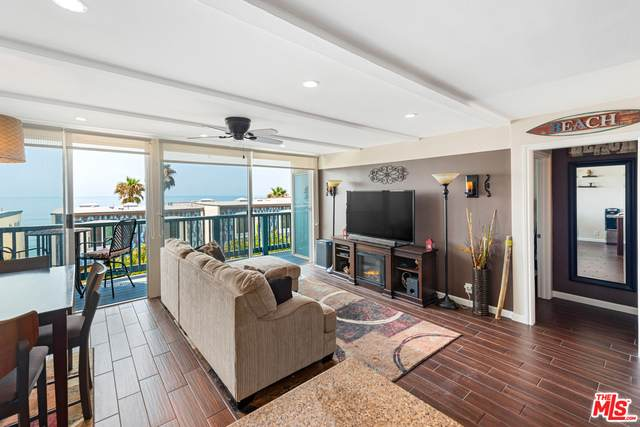 11926 Whalers Ln, Malibu, CA 90265 (#20-622588) :: Randy Plaice and Associates