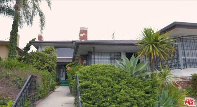 5413 W Slauson Ave, Los Angeles, CA 90056 (#20-625528) :: Eman Saridin with RE/MAX of Santa Clarita