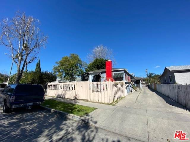 4031 Sequoia St - Photo 1