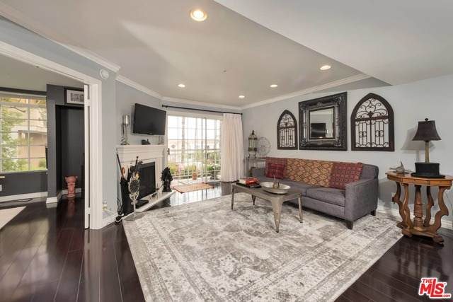 4750 Templeton St #1323, Los Angeles, CA 90032 (#20-627330) :: HomeBased Realty