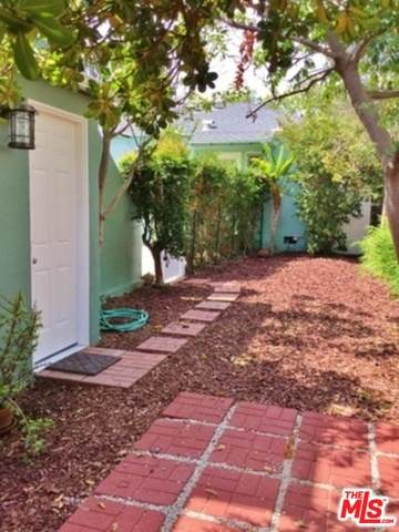 10572 Ayres Ave - Photo 1