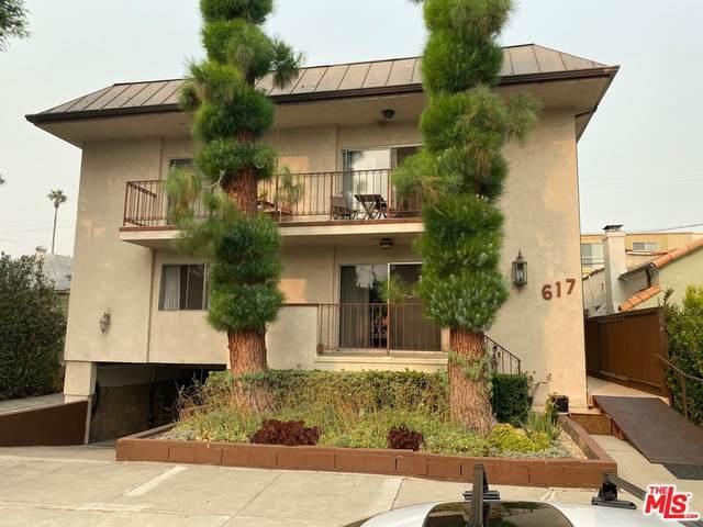 617 Sweetzer Ave - Photo 1