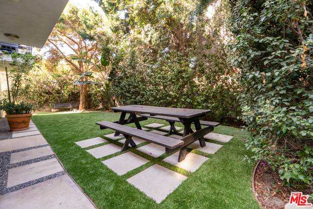 1153 N Formosa Ave #103, West Hollywood, CA 90046 (#20-631814) :: Lydia Gable Realty Group