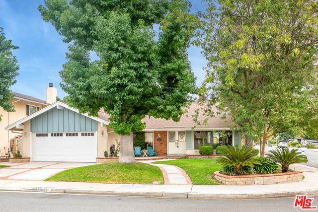 23903 Via Aranda, Santa Clarita, CA 91355 (#20-632526) :: Lydia Gable Realty Group