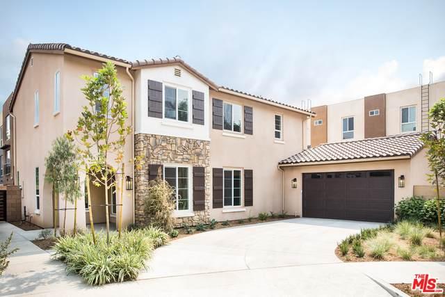 14126 W Leadwell, Van Nuys, CA 91405 (#20-633244) :: HomeBased Realty