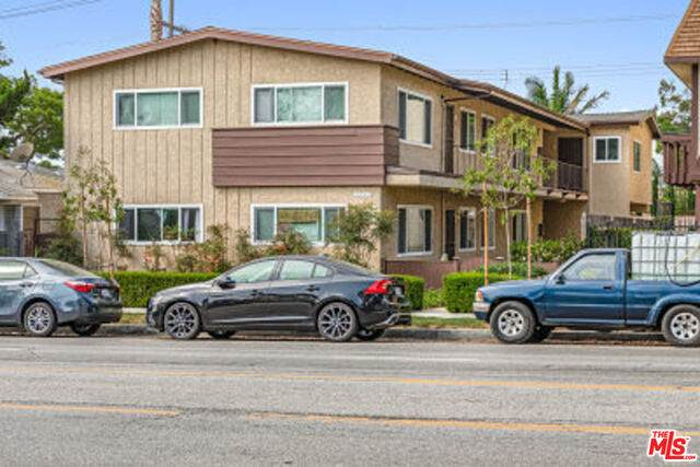 3745 S Centinela Ave, Los Angeles, CA 90066 (#20-634346) :: The Suarez Team
