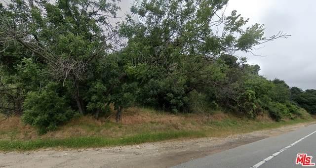 3300 N Topanga Canyon Blvd, Woodland Hills, CA 91364 (#20-634386) :: Compass