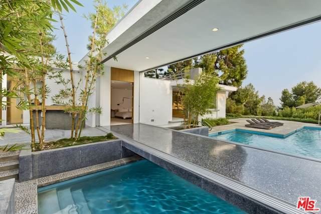 1163 Calle Vista Dr, Beverly Hills, CA 90210 (#20-634438) :: The Suarez Team