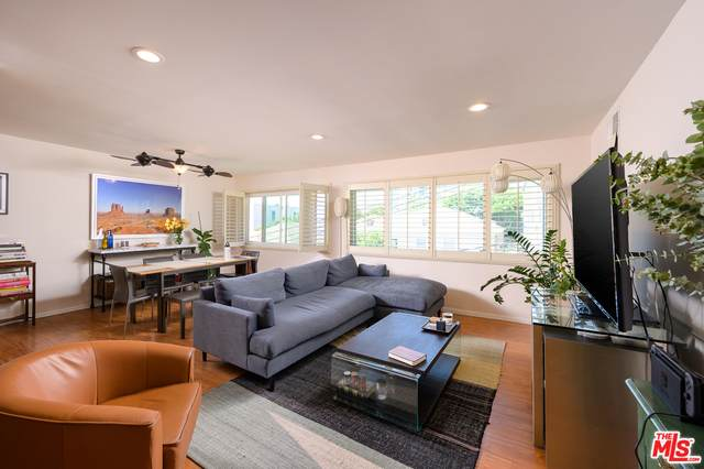 1121 N Olive Dr #308, West Hollywood, CA 90069 (#20-634528) :: The Suarez Team