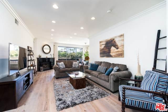 1745 S Bentley Ave #1, Los Angeles, CA 90025 (#20-634714) :: TruLine Realty