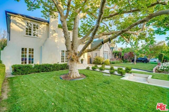 836 Masselin Ave, Los Angeles, CA 90036 (#20-635350) :: Lydia Gable Realty Group