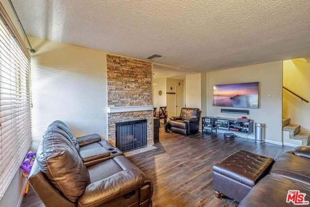 3827 W Avenue 41 #12, Los Angeles, CA 90065 (#20-635744) :: Randy Plaice and Associates