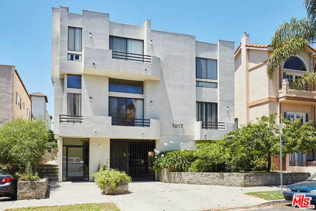 1917 Manning Ave #4, Los Angeles, CA 90025 (#20-636388) :: TruLine Realty