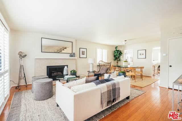 2428 28Th St #1, Santa Monica, CA 90405 (#20-636726) :: HomeBased Realty
