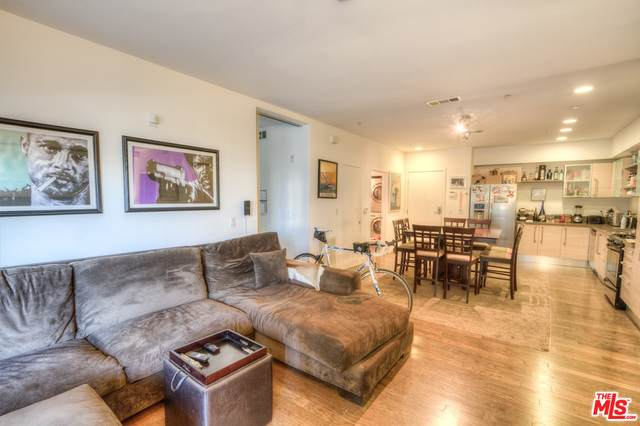 1234 Wilshire Blvd #205, Los Angeles, CA 90017 (#20-637090) :: HomeBased Realty