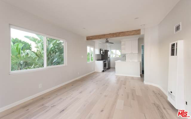 12910 Walsh Ave #4, Los Angeles, CA 90066 (#20-637410) :: TruLine Realty